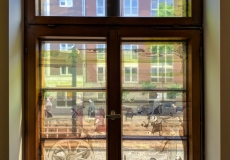 Info-Bereich-Raum-2-Fenster-Via-Belgica